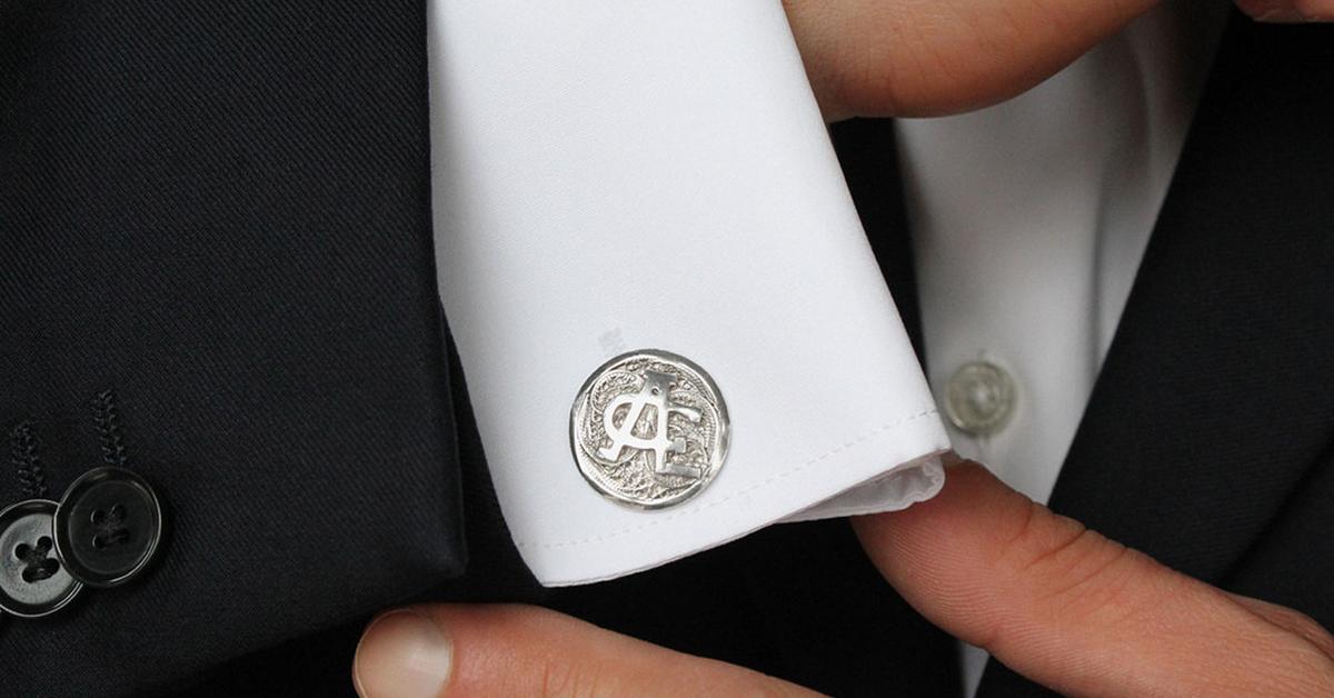 brand new 4aa7c c0150 Gemelli da camicia: storia, curiosità, consigli